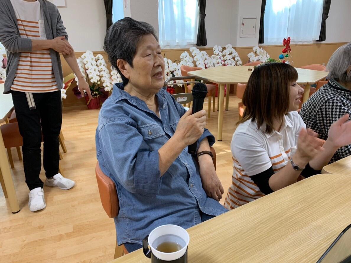 カラオケ大会開催!の写真